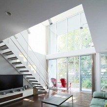 Фотография: Гостиная в стиле Лофт, Современный, Дом, Дома и квартиры, Япония – фото на InMyRoom.ru