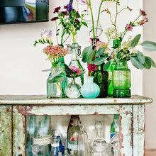 Фотография: Декор в стиле Кантри, Декор интерьера, Советы, стекло в интерьере, пластик в интерьере, интерьерный тренд, тенденция – фото на InMyRoom.ru