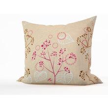Декоративная подушка: Белые листья