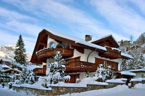 Фотография: Архитектура в стиле , Декор интерьера, Праздник, Новый Год – фото на InMyRoom.ru