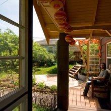 Фотография: Балкон, Терраса в стиле Кантри, Современный, Дом, Дома и квартиры, Городские места, Дача – фото на InMyRoom.ru