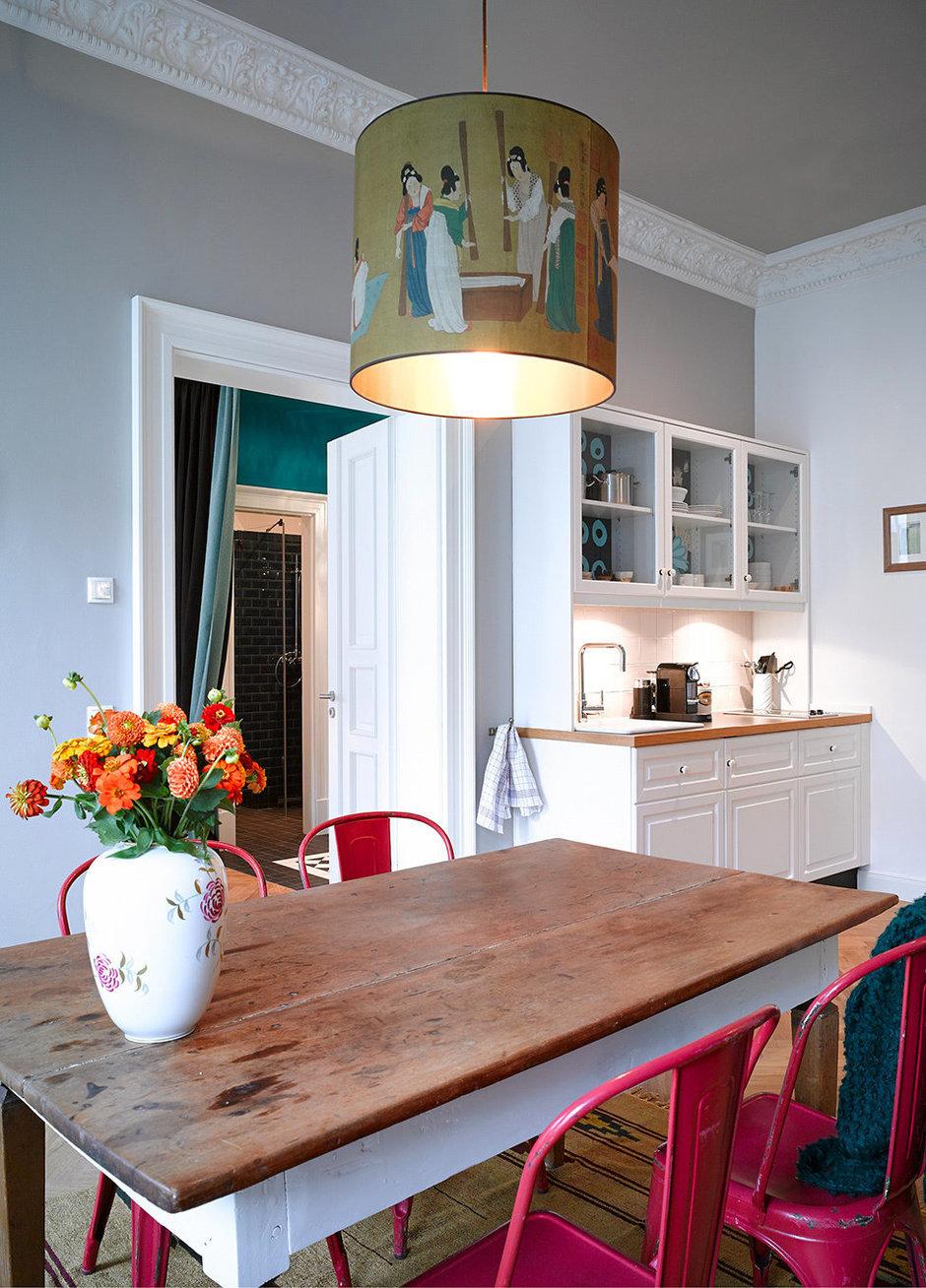 Фотография: Кухня и столовая в стиле Прованс и Кантри, Квартира, Германия, Дома и квартиры – фото на InMyRoom.ru