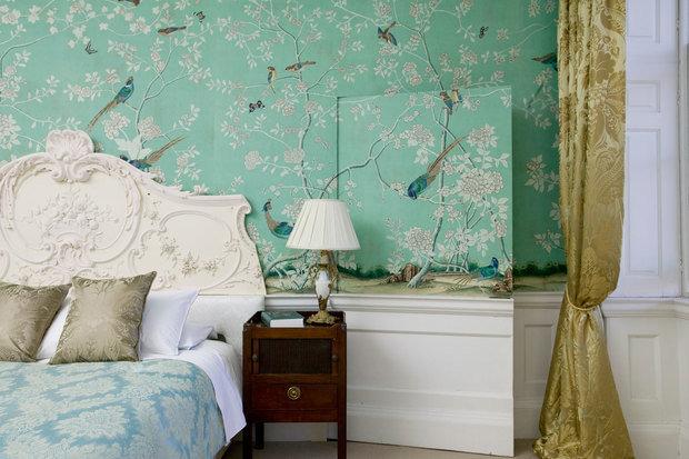 Фотография: Спальня в стиле Классический, Современный, Декор интерьера, Индустрия, Новости, Обои – фото на InMyRoom.ru
