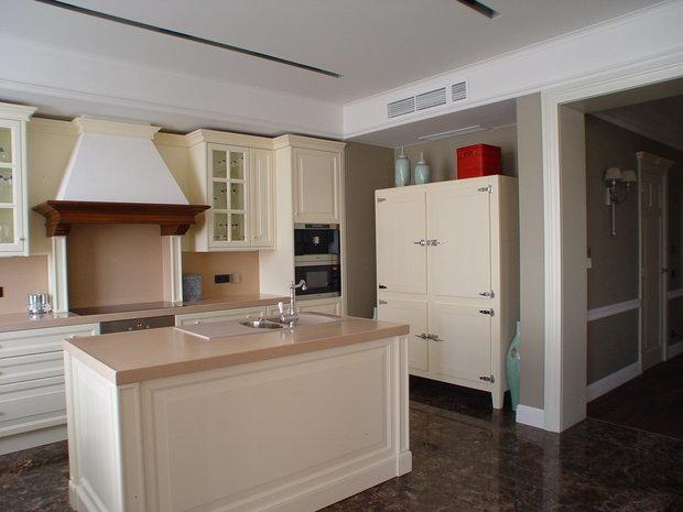 Фотография: Кухня и столовая в стиле Классический, Современный, Советы – фото на INMYROOM