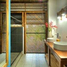 Фотография: Ванная в стиле Восточный, Дом, Дома и квартиры, Эко – фото на InMyRoom.ru