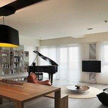 Фотография: Гостиная в стиле Минимализм, Декор интерьера, Мебель и свет, Светильник – фото на InMyRoom.ru