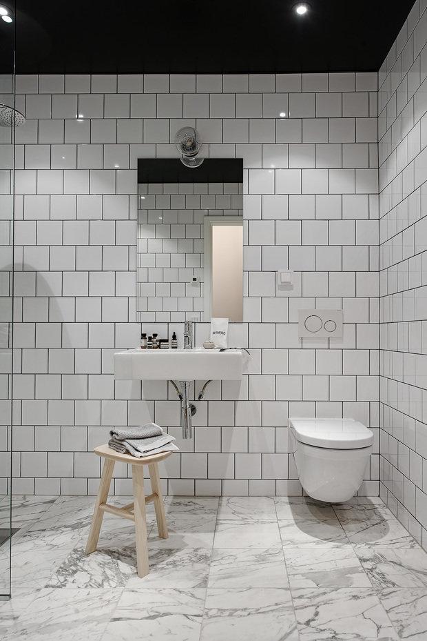 Фотография: Ванная в стиле Лофт, Декор интерьера, Швеция, Белый, Черный, Стокгольм, 2 комнаты, 40-60 метров – фото на InMyRoom.ru