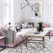 Фото из портфолио Модный РОЗОВЫЙ диван для элегантной гостиной – фотографии дизайна интерьеров на INMYROOM
