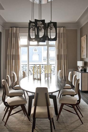 Фотография: Кухня и столовая в стиле Классический, Современный, Гид, Жан-Луи Денио – фото на InMyRoom.ru