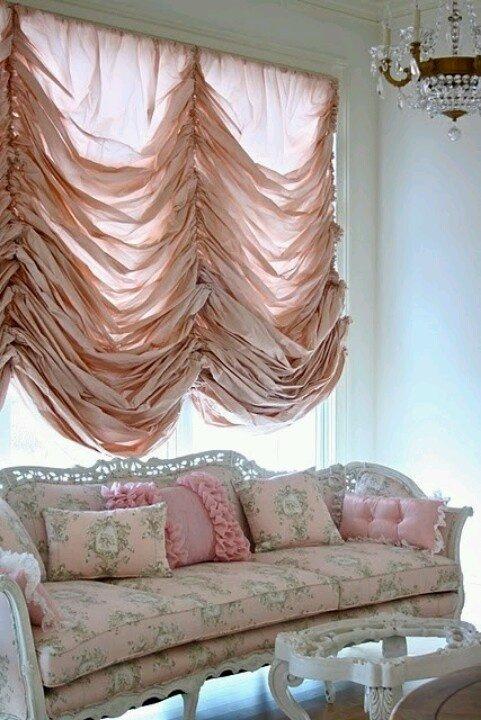 Фотография: Гостиная в стиле Прованс и Кантри, Декор интерьера, Текстиль, Шторы – фото на InMyRoom.ru
