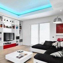 Фотография: Гостиная в стиле Хай-тек, Квартира, Декор, Советы, Стены, Ремонт на практике, освещение – фото на InMyRoom.ru