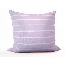 Стильная подушка: Розовый мусс