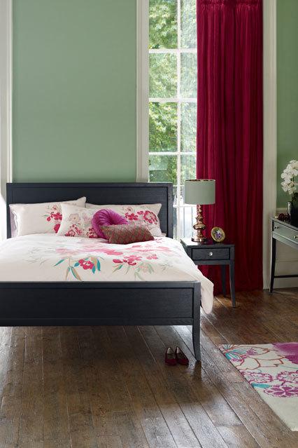 Фотография: Спальня в стиле Современный, Декор интерьера, Дизайн интерьера, Цвет в интерьере, Краска – фото на InMyRoom.ru
