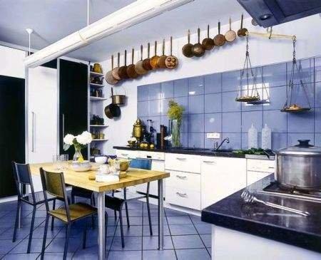 Фотография: Кухня и столовая в стиле Прованс и Кантри, Декор интерьера, Дом, Декор дома, Плитка, Мозаика, Кухонный фартук – фото на InMyRoom.ru