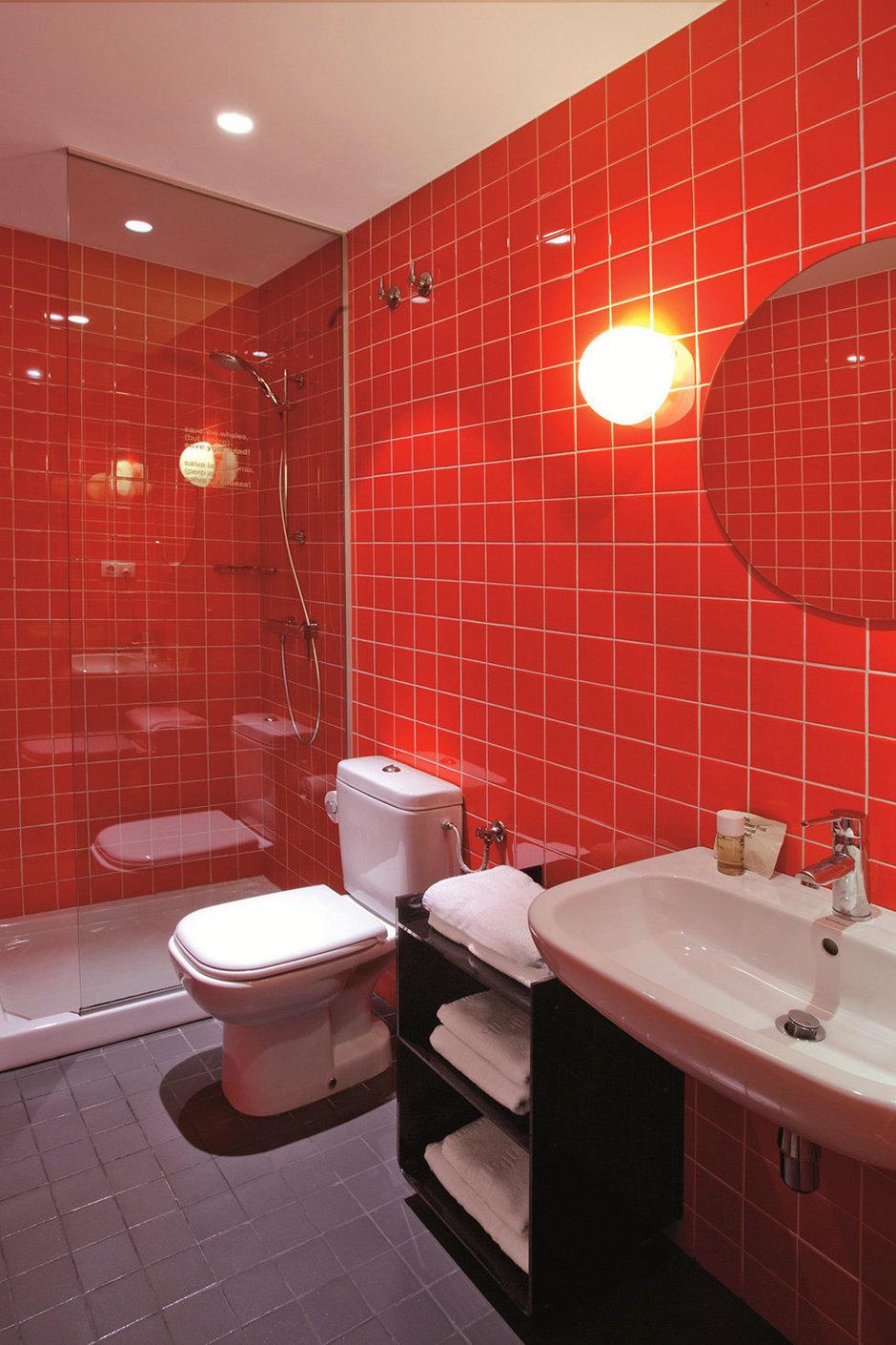 Фотография: Ванная в стиле Современный, Декор интерьера, Дома и квартиры, Городские места, Отель, Барселона – фото на InMyRoom.ru