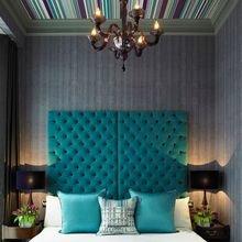 Фотография: Спальня в стиле Кантри, Квартира, Дом, Декор, Мебель и свет, Советы, Дача, Barcelona Design, как визуально увеличить высоту потолков – фото на InMyRoom.ru