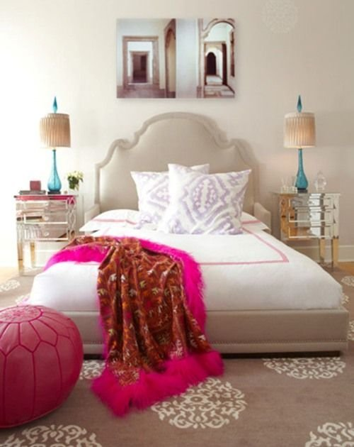Фотография: Спальня в стиле Восточный, Эклектика, Интерьер комнат, Подушки, Ковер – фото на InMyRoom.ru
