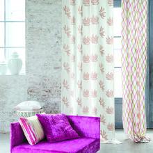 Фотография: Декор в стиле Кантри, Декор интерьера, Дизайн интерьера, Мебель и свет, Цвет в интерьере, Стены, Розовый, Фуксия – фото на InMyRoom.ru