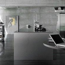Фотография: Кухня и столовая в стиле Лофт, Современный, Хай-тек – фото на InMyRoom.ru