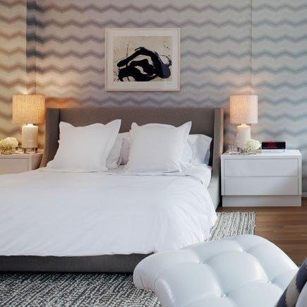 Фотография: Спальня в стиле Скандинавский, Современный, Интерьер комнат, Кровать, Гардероб, Комод, Пуф, Табурет – фото на InMyRoom.ru