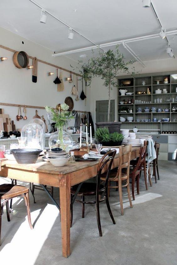 Фотография: Кухня и столовая в стиле Прованс и Кантри, Гостиная, Спальня, Эклектика, Декор интерьера, Франция, Декор – фото на INMYROOM