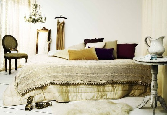 Фотография: Спальня в стиле Прованс и Кантри, Лофт, Индустрия, Люди, Греция – фото на InMyRoom.ru