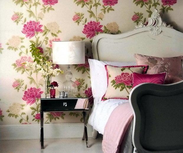 Фотография: Спальня в стиле Прованс и Кантри, Декор интерьера, Декор дома, Обои, Стены, Картины, Принт, Панно, Roommy.ru – фото на InMyRoom.ru