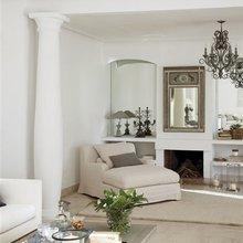 Фотография: Гостиная в стиле Кантри, Дом, Испания, Цвет в интерьере, Дома и квартиры, Белый, Мадрид – фото на InMyRoom.ru