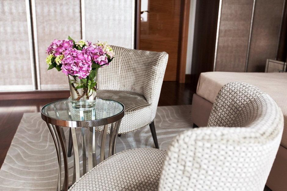 Фотография: Мебель и свет в стиле Восточный, Квартира, Италия, Дома и квартиры, Пентхаус, Люстра, Ар-деко – фото на InMyRoom.ru