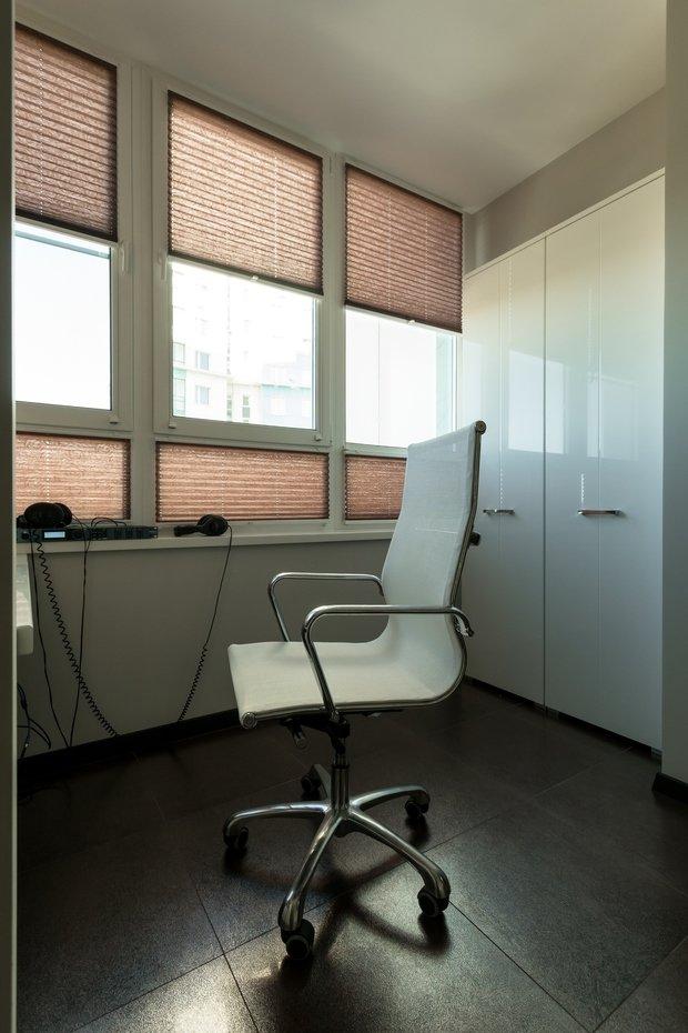 Фотография: Мебель и свет в стиле Современный, Балкон, Интерьер комнат – фото на InMyRoom.ru