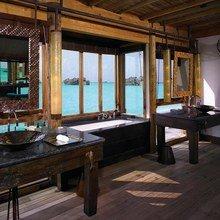 Фотография: Ванная в стиле Современный, Дом, Дома и квартиры, Отель – фото на InMyRoom.ru