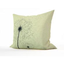 Диванная подушка: Хрупкие одуванчики