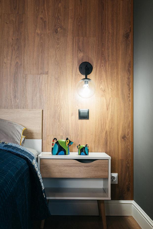 Фотография: Спальня в стиле Лофт, Декор интерьера, Квартира, Кирпичный дом, 1 комната, до 40 метров, #каксэкономить, Псков, Екатерина Евдокимова – фото на INMYROOM