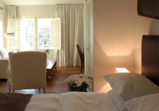 Фотография: Спальня в стиле Современный, Декор интерьера, Франция, Дома и квартиры, Городские места, Отель, Прованс – фото на InMyRoom.ru