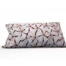 Декоративная подушка: Шоколадные цветы