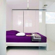 Фотография: Спальня в стиле Минимализм, Квартира, Цвет в интерьере, Дома и квартиры, Стены – фото на InMyRoom.ru