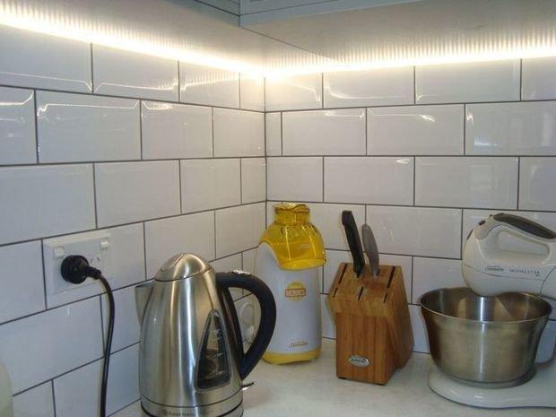 Фотография: Кухня и столовая в стиле Лофт, Современный, Эклектика, Декор интерьера, Декор, Мебель и свет, освещение – фото на InMyRoom.ru