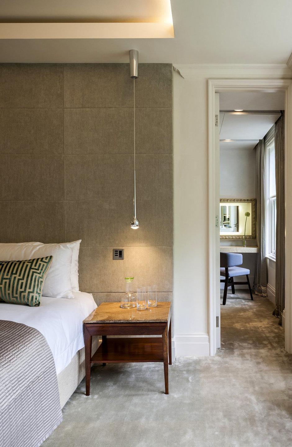 Фотография: Спальня в стиле Современный, Декор интерьера, Дом, Дома и квартиры – фото на InMyRoom.ru
