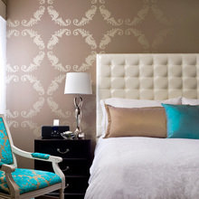 Фотография: Спальня в стиле Классический, Декор интерьера, Интерьер комнат, Мебель и свет, Кровать – фото на InMyRoom.ru