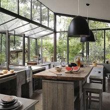Фотография: Кухня и столовая в стиле Кантри, Лофт, Интерьер комнат – фото на InMyRoom.ru