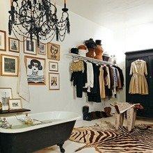 Фотография: Ванная в стиле Классический, Современный, Эклектика, Гардеробная, Малогабаритная квартира, Хранение, Интерьер комнат, Гардероб – фото на InMyRoom.ru