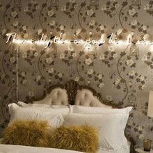 Фотография: Спальня в стиле Кантри, Декор интерьера, Мебель и свет, Подсветка, Неон – фото на InMyRoom.ru