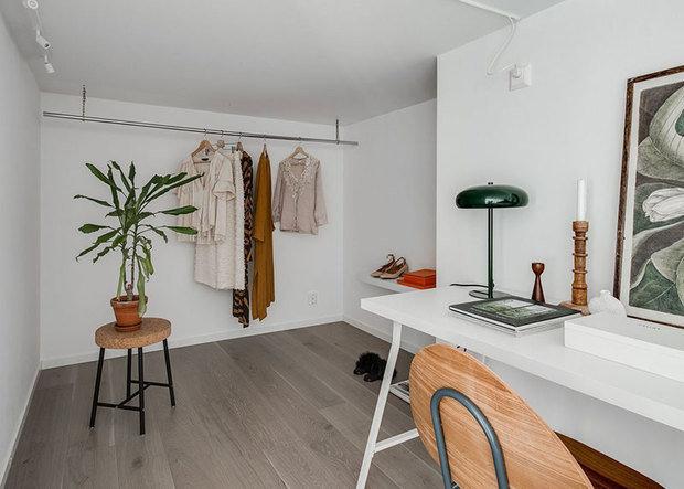 Фотография: Кабинет в стиле Скандинавский, Декор интерьера, Квартира, Белый, Минимализм, Бежевый, до 40 метров – фото на INMYROOM