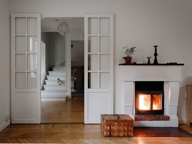 Фотография: Гостиная в стиле Скандинавский, Минимализм, Дом и дача, 4 и больше, Более 90 метров – фото на INMYROOM