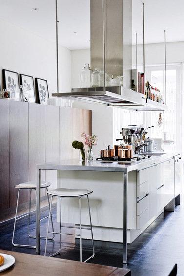 Фотография: Кухня и столовая в стиле Скандинавский, Декор интерьера, Дом, Австралия, Дома и квартиры – фото на InMyRoom.ru