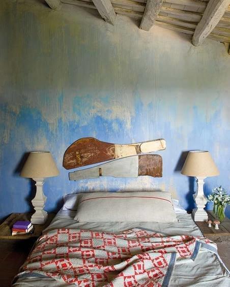 Фотография: Спальня в стиле Прованс и Кантри, Дом, Испания, Дома и квартиры, Современное искусство – фото на InMyRoom.ru