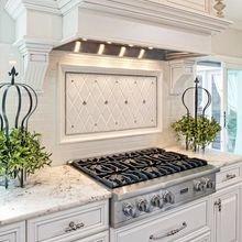 Фотография: Кухня и столовая в стиле Классический, Декор интерьера, Декор, Советы – фото на InMyRoom.ru