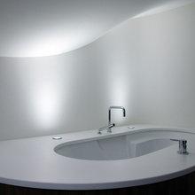 Фотография: Ванная в стиле Современный, Декор интерьера, Дом, Дома и квартиры, Архитектурные объекты, Большие окна, Голландия – фото на InMyRoom.ru
