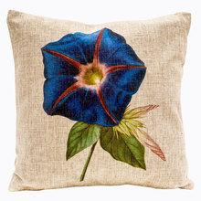 Декоративная подушка «Цветочный ноктюрн», версия 3