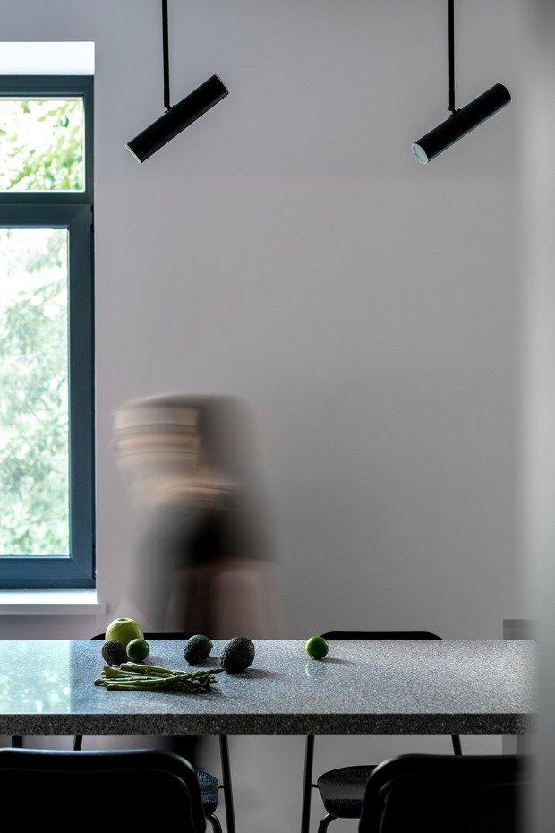 Фотография: Кухня и столовая в стиле Минимализм, Современный, Квартира, Студия, Проект недели, Киев, Сталинка, Кирпичный дом, до 40 метров, 40-60 метров, U Concept – фото на INMYROOM